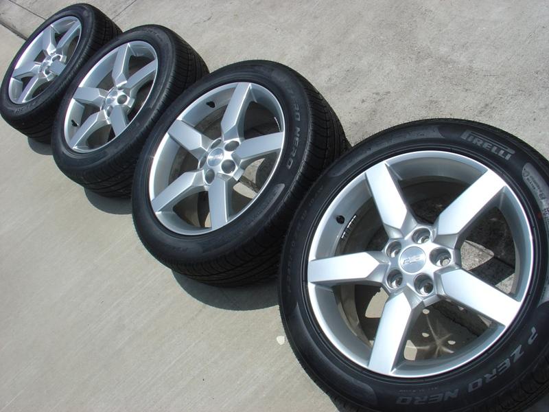 2010 2011 2012 camaro 19 factory oem wheels pirelli 245. Black Bedroom Furniture Sets. Home Design Ideas